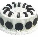 Classic Cookies and Cream Ice Cream Cake